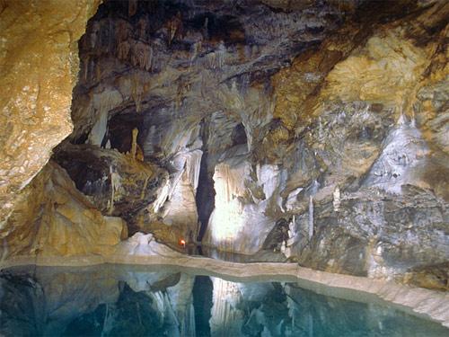 Σπήλαιο λιμνών-3