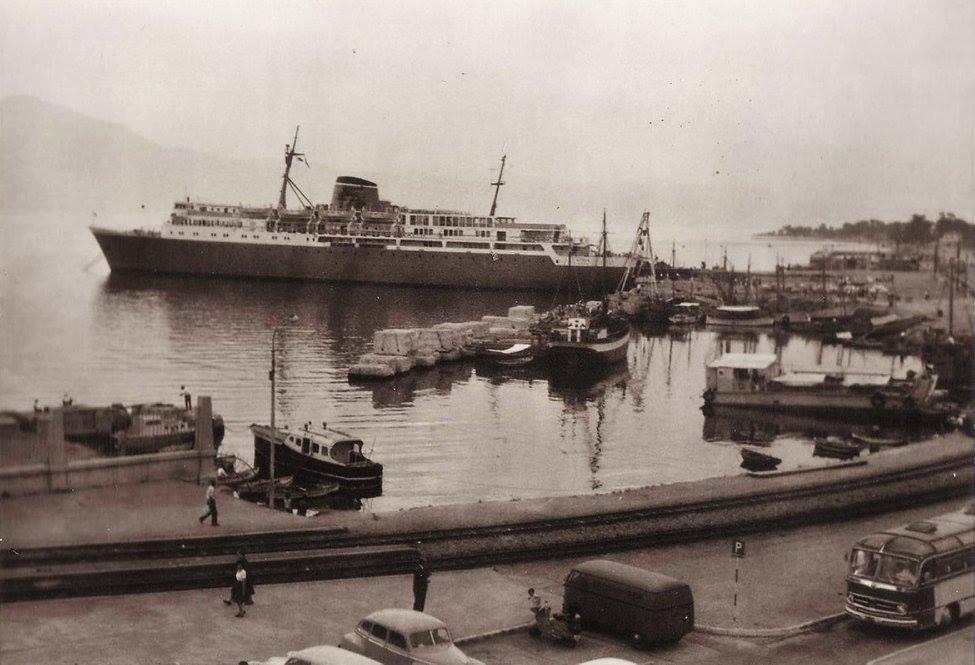 Το πλοίο στο λιμάνι της Πάτρας, 1961, από την συλλογή φωτογραφίων του Jan Willemsen.