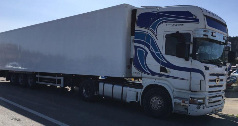 Έκτακτο: Νεκρός οδηγός φορτηγού – Βρέθηκε πυροβολημένος στην καμπίνα