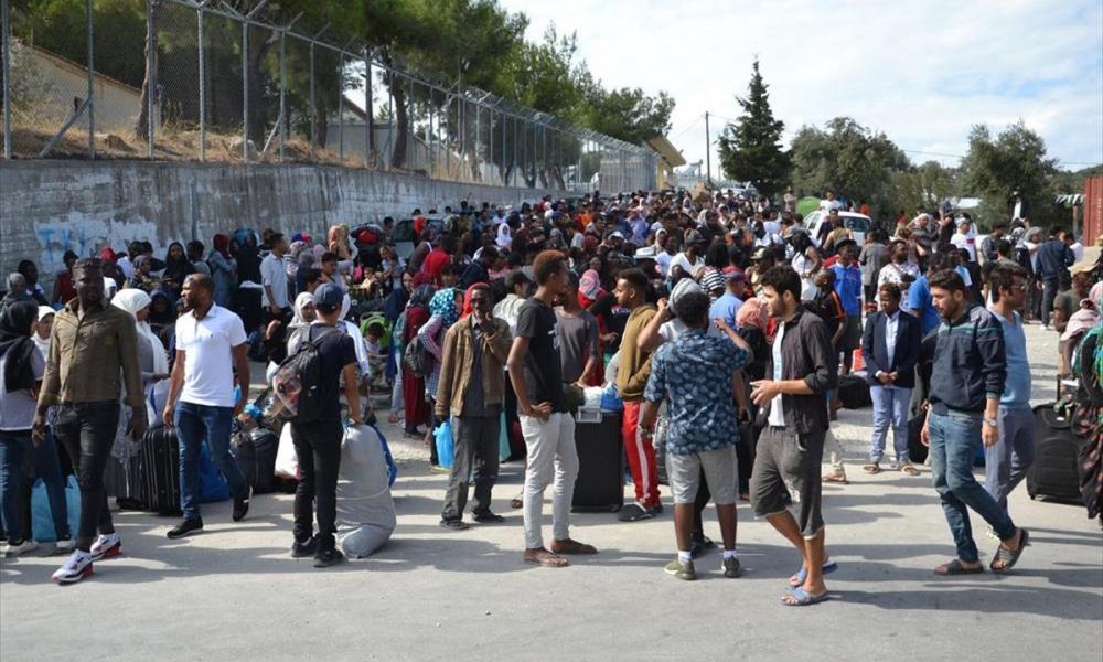 """Κινητές-""""βόμβες"""" οι μετανάστες – Τέσσερα άτομα """"έσπασαν"""" την καραντίνα στη δομή της Μαλακάσας & απέδρασαν"""