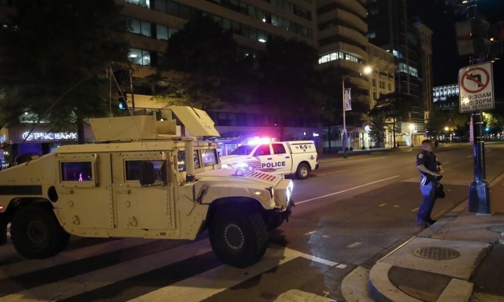 """Κανονικός πόλεμος ΣΤΗΝ ΑΜΕΡΙΚΗ! – """"Διαδηλωτές"""" πυροβολούν στο ψαχνό τους αστυνομικούς"""