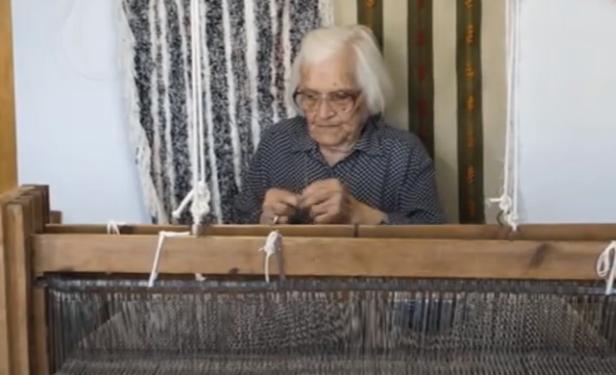 Ικαρία: Γιαγιούλα 109 ετών αποκαλύπτει τα μυστικά της μακροζωίας και συγκλονίζει! (ΒΙΝΤΕΟ)