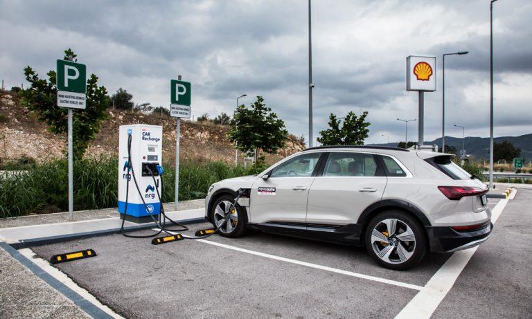 Επίσημο: Έως 5.500 ευρώ η επιδότηση για την αγορά ηλεκτρικού αυτοκινήτου!