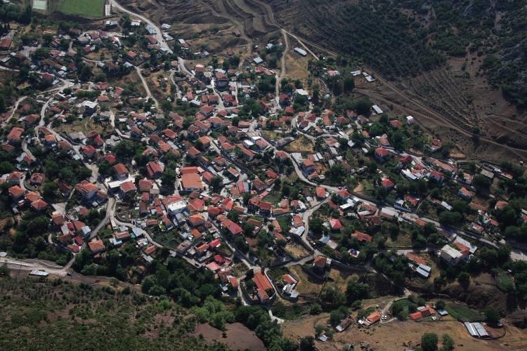 Ανάβρα: Πώς χάθηκε το χωριό-«θαύμα» που είχε μηδέν ανεργία