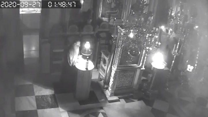 Σεισμός στο Άγιον Όρος: Πέφτουν οι σοβάδες και οι μοναχοί ψέλνουν -ΣΥΓΚΛΟΝΙΣΤΙΚΟ  ΒΙΝΤΕΟ