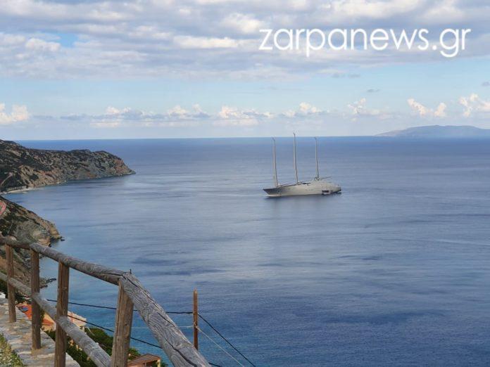 400.000.000 ευρώ στην Κρήτη! Ένα διαστημικό σούπερ- ιστιοφόρο γιοτ στα νερά του νησιού (ΕΙΚΟΝΕΣ)