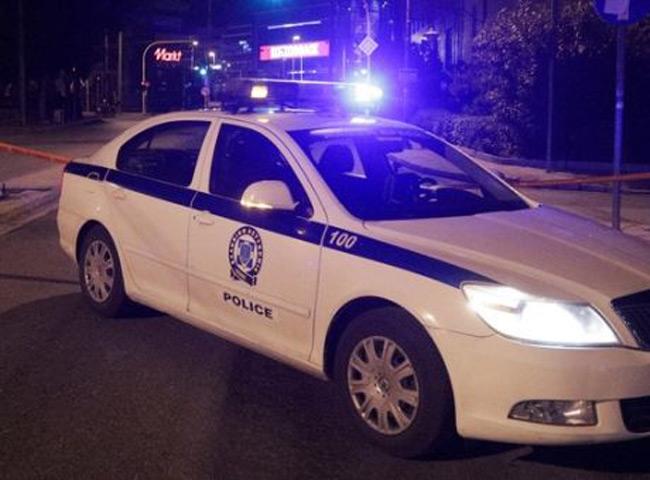 Καλύβια: Άνδρας αυτοκτόνησε μπροστά σε αστυνομικούς