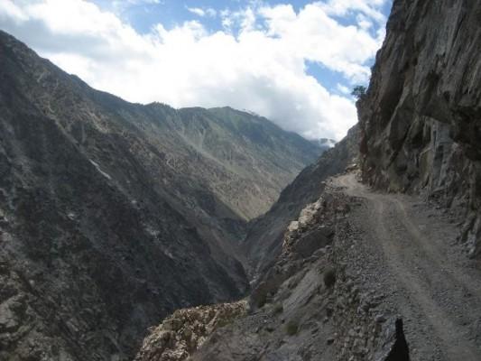 Ένας από τους 10 πιο επικίνδυνους δρόμους στον κόσμο βρίσκεται στην Αμφιλοχία (video)