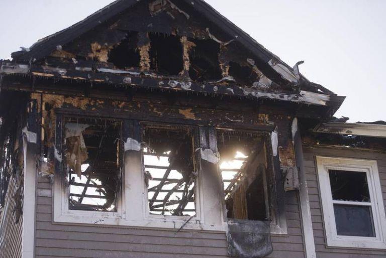 Tραγωδία: Νεκρά από πυρκαγιά δύο αδέλφια