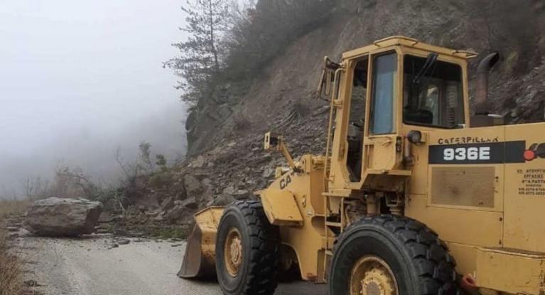 ΠΡΟΣΟΧΗ: Σοβαρά προβλήματα στο οδικό δίκτυο της Ηπείρου – κατολισθήσεις ΣΕ ΠΟΛΛΑ ΣΗΜΕΙΑ!