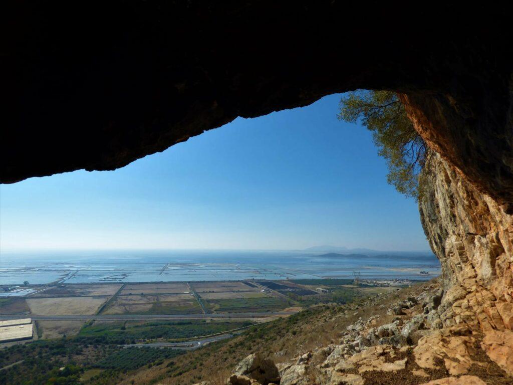 Και τα εντυπωσιακά σπήλαια της Αιτωλοακαρνανίας έχουν … παράπονα!