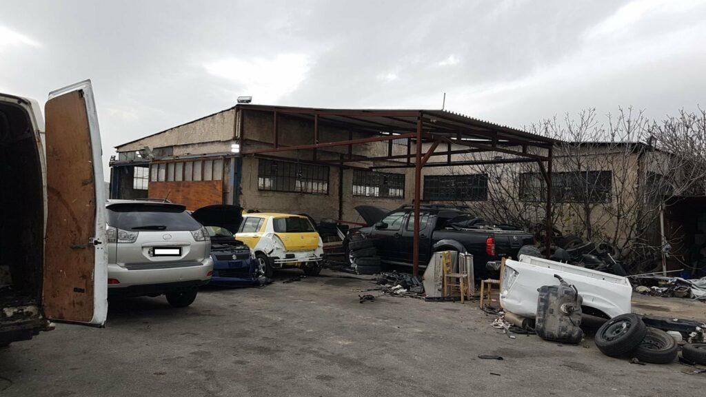 Θυματα εκατοντάδες Ελληνες – Έφτιαχναν κατεστραμμένα κλεμμένα αυτοκίνητα και τα πωλούσαν (ΒΙΝΤΕΟ)