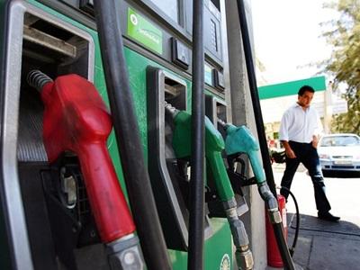 Ο κ. «Παπαδόπουλος» προσπαθεί να εξαπατήσει βενζινοπώλες στο Αγρίνιο