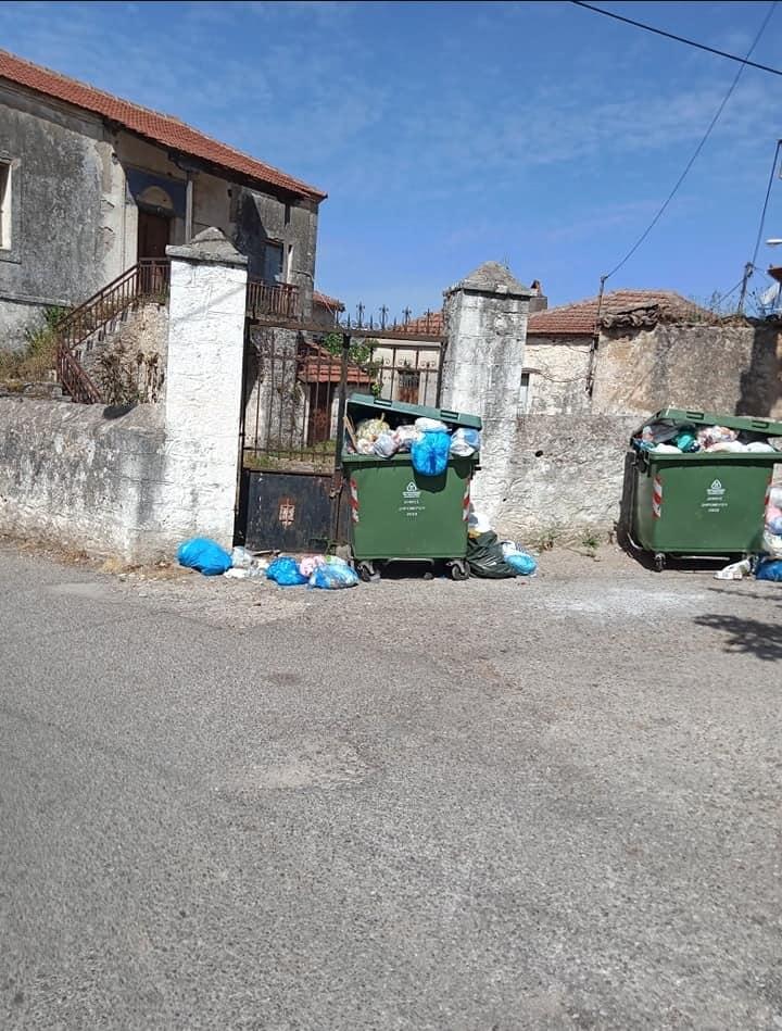 ΝΙΚΟΣ ΖΩΓΑΣ:  Εικόνες ντροπής και εγκατάλειψης Τρίτη ημέρα μετά το Πάσχα σε ένα από τα μεγαλύτερα χωριά του Δήμου μας την Παλαιομάνινα