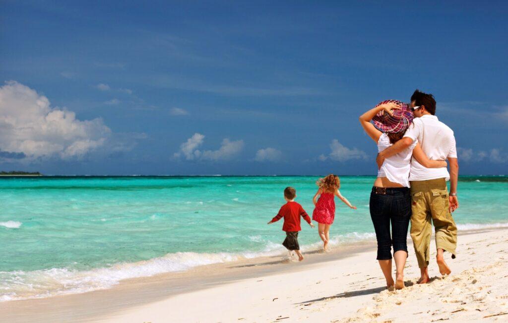ΟΑΕΔ: Ετσι θα κάνετε φθηνές διακοπές ακόμα και σε 5άστερα ξενοδοχεία.