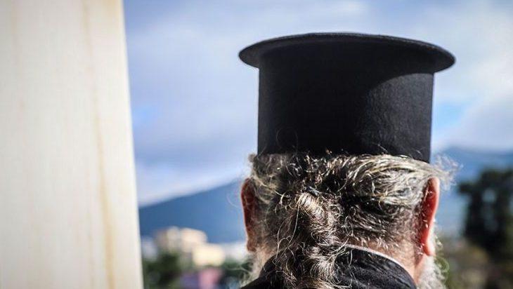 ΑΓΡΙΝΙΟ:Συνελήφθη ιερέας στο Αγρίνιο για παιδική πορνογραφία!
