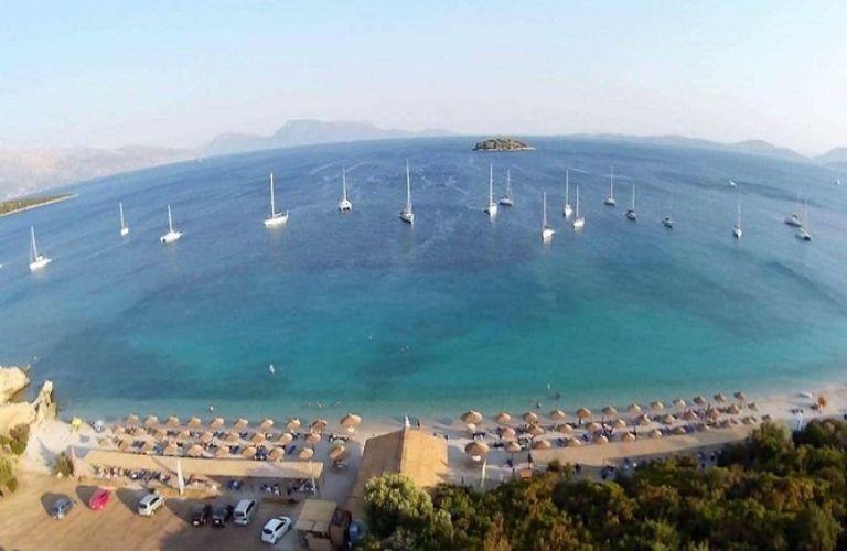 Βαθυαβάλι: Η παραλία της Αιτωλοακαρνανίας που θυμίζει εξωτικό νησί (βίντεο)