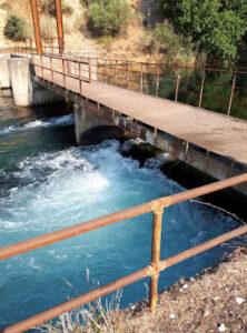 """ΑΣΤΑΚΟΣ: Από τη λειψυδρία του Μαρτίου στην υπερχείλιση των δεξαμενών υδρευσης τον Αύγουστο Μαγεία ή… """"Θάμα"""""""