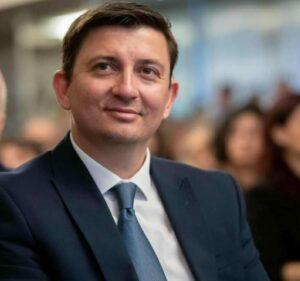 Γιάννης Τριανταφυλλάκης:Τα επιβεβαιωμένα κρούσματα να μπαίνουν και να τηρούν την καραντίνα