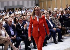 Τι αλλάζει στις εκλογές του ΚΙΝΑΛ μετά την απόσυρση της Γεννηματά